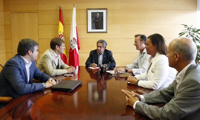 Revilla y Union Profesional Cantabria